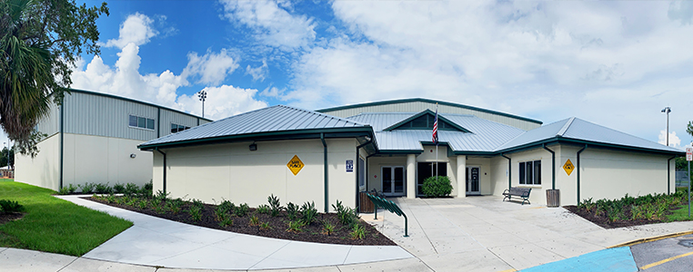 Front of Harold Avenue Regional Park Recreation Center